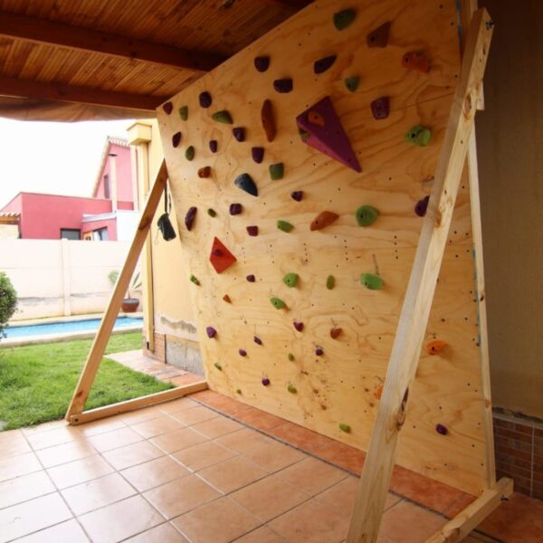 Muro de escalada, inclinación ajustable